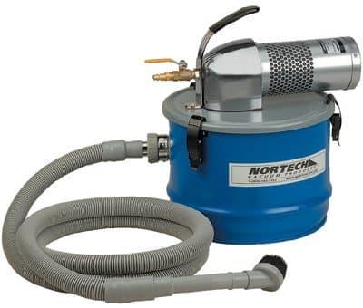Guardair Complete Vacuum w/ 11/4-in Vacuum Hose & Tools