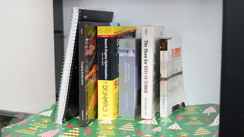 Wrapping paper as a bookshelf liner