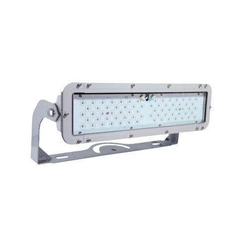 135W 5000K High Output Floodlight LED Universal Voltage Medium 55 Deg