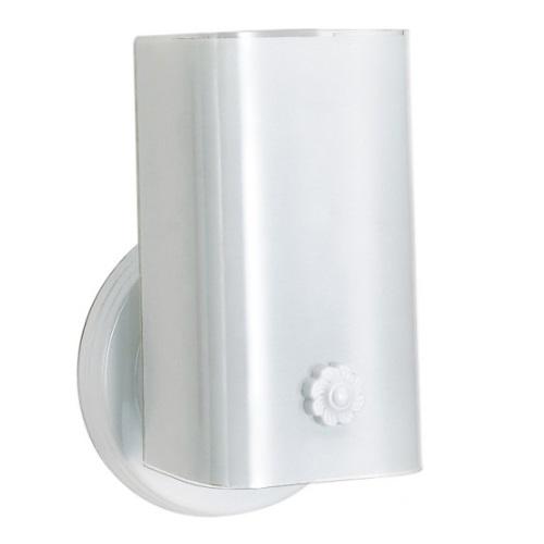 Nuvo 7 Vanity Light Fixture W Bottom Turn Switch White U Channel Gl