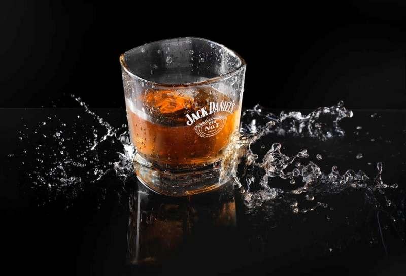 glassfilledwithwhiskey