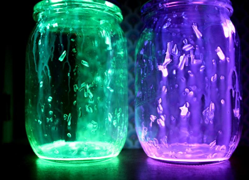 mason jar glow stick lanterns