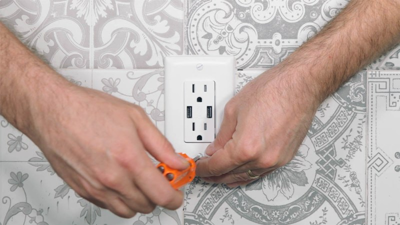 installing usb wall outlet