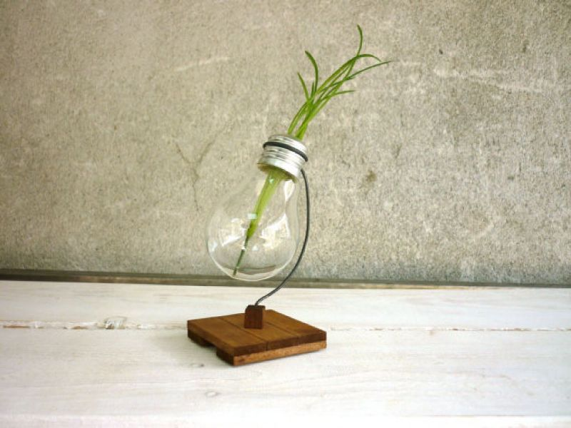 recycled and upcycled light bulbs