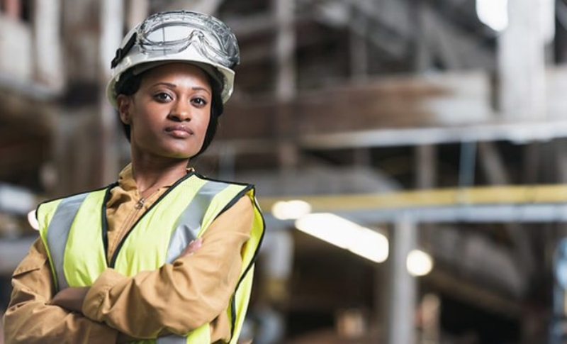 women in construction wage gap
