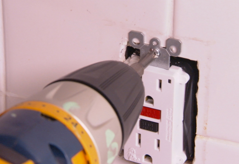 installing gfci electrical outlet