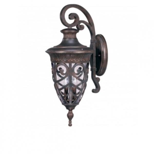 Decorative wall lantern